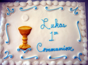 Communion Cupcakes: - These individual treats are making a comeback