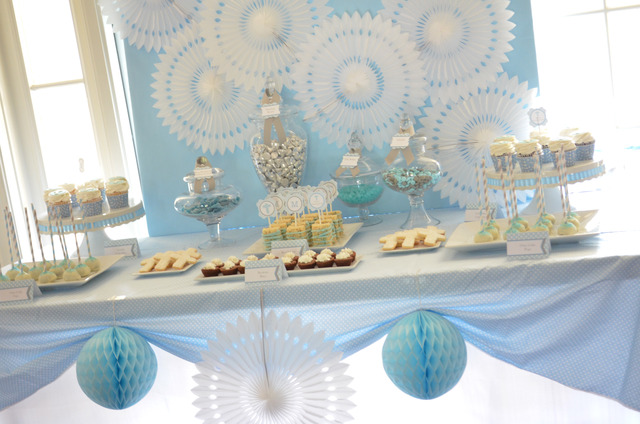 Alexis' light blue and white background, simple table cloth, and