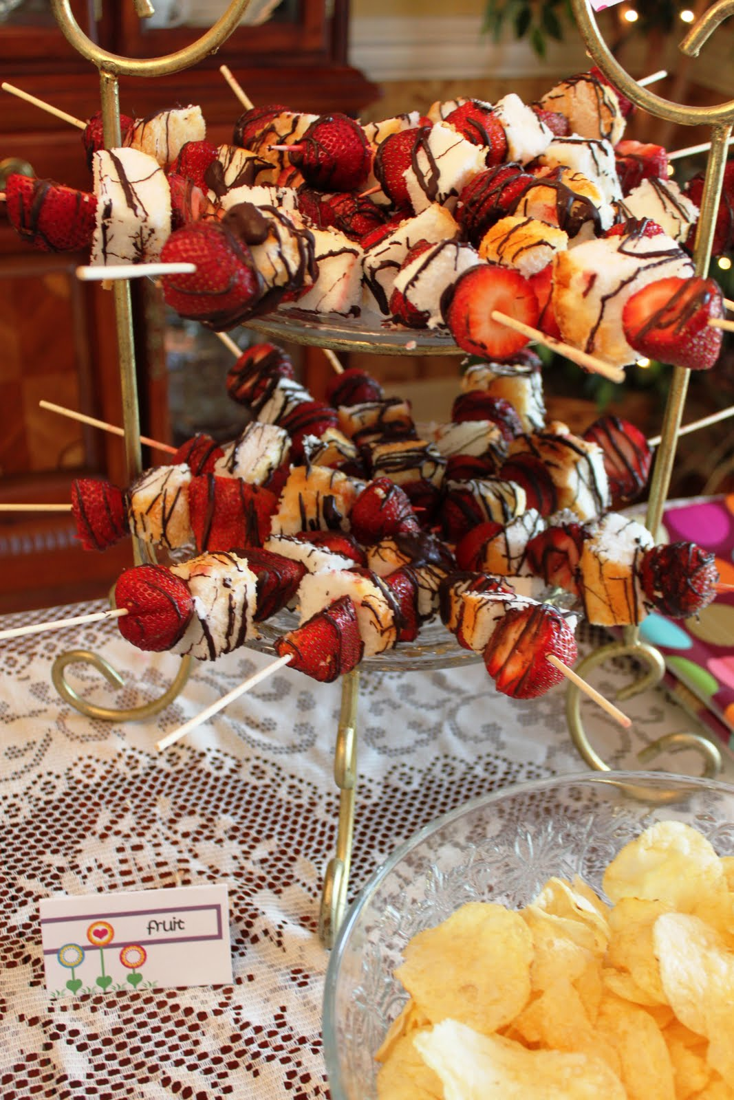 Cool Party Favors Easy Party Dessert Fruit Skewer