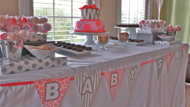 Pink safari baby shower for a girl jungle theme party - Unique girl baby shower themes ...