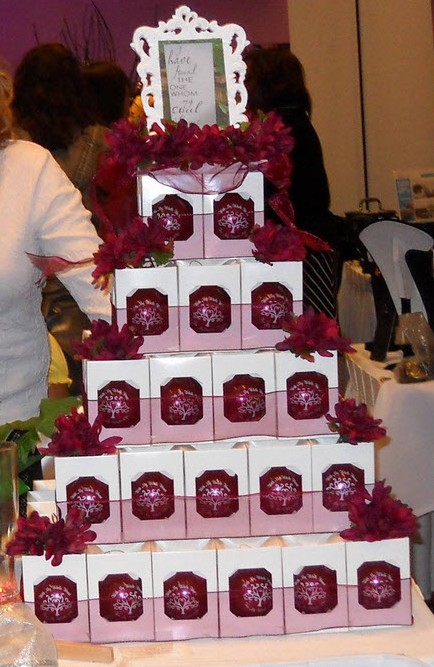 Christmas Ornament Wedding Favors Display