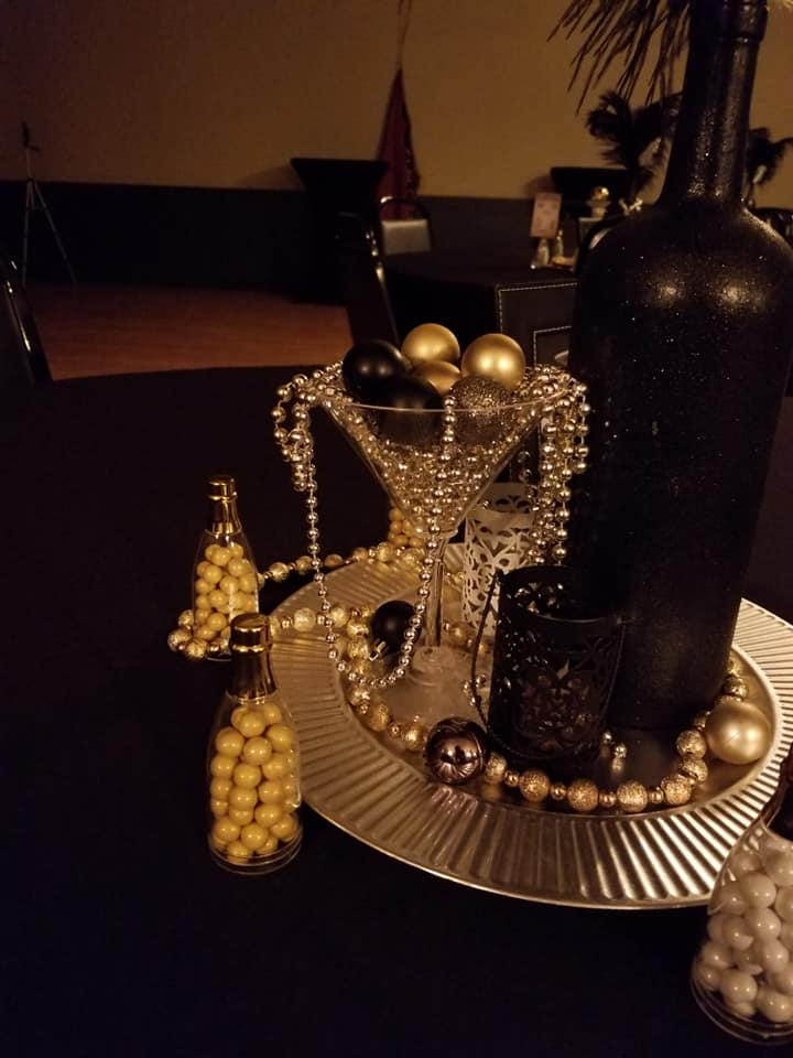 great gatsby table decorations